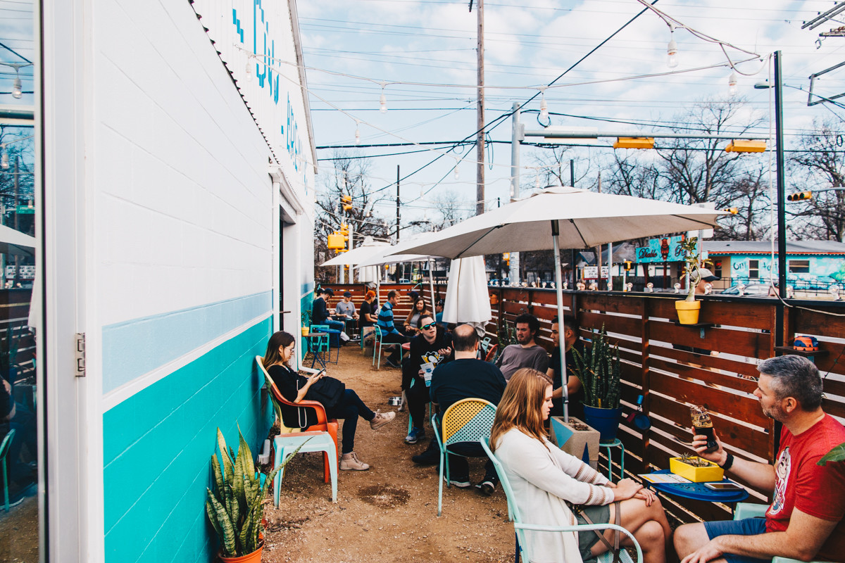 The Cutest Brewery Award In Austin Easily Goes To Blue Owl Brewing Walls And Patio Are Sprinkled With Succulents Most Darling Planters