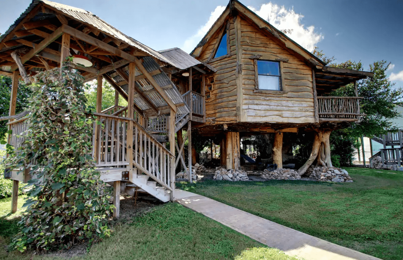 texas treehouse airbnb
