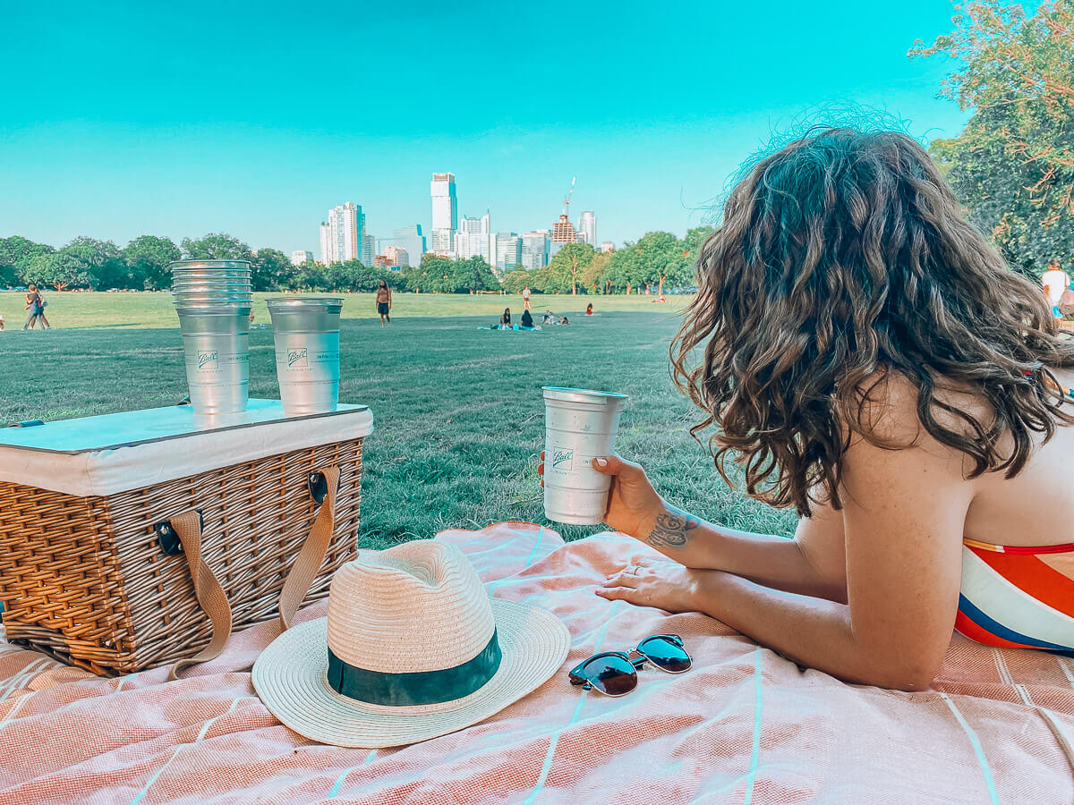 Best Spots for a Picnic in Austin
